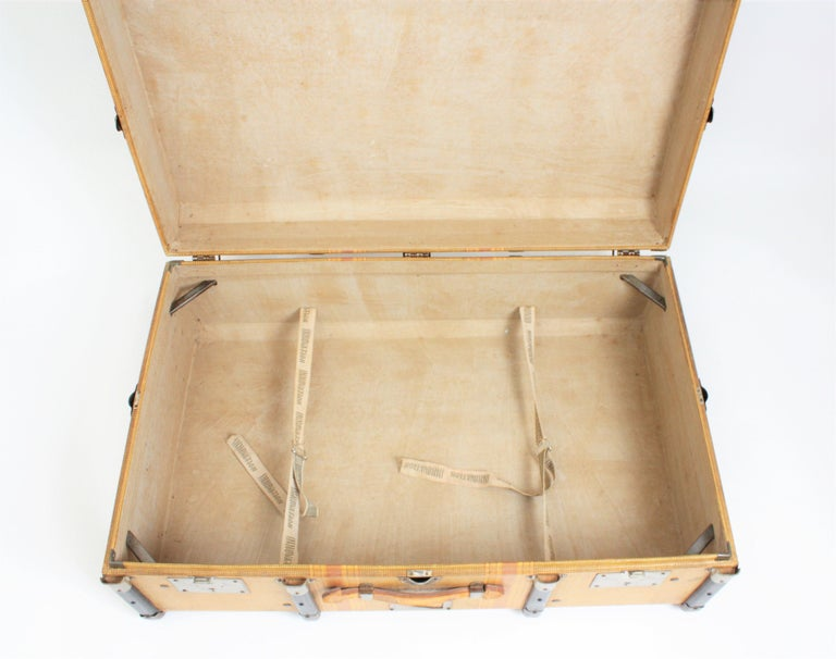 20th Century Innovation Cabin Travel Trunk, France, 1940s For Sale 3