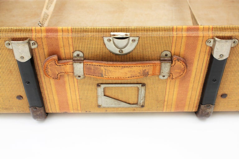 20th Century Innovation Cabin Travel Trunk, France, 1940s For Sale 4