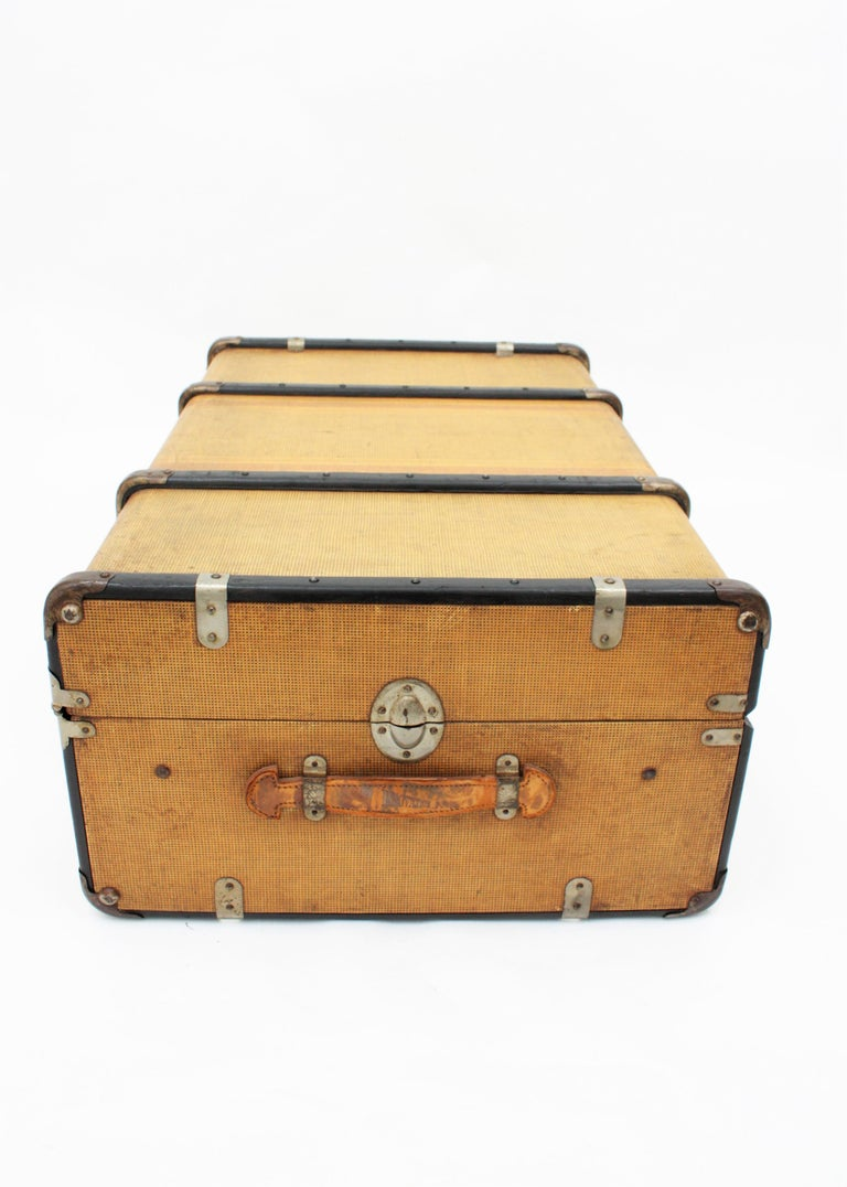 20th Century Innovation Cabin Travel Trunk, France, 1940s For Sale 5