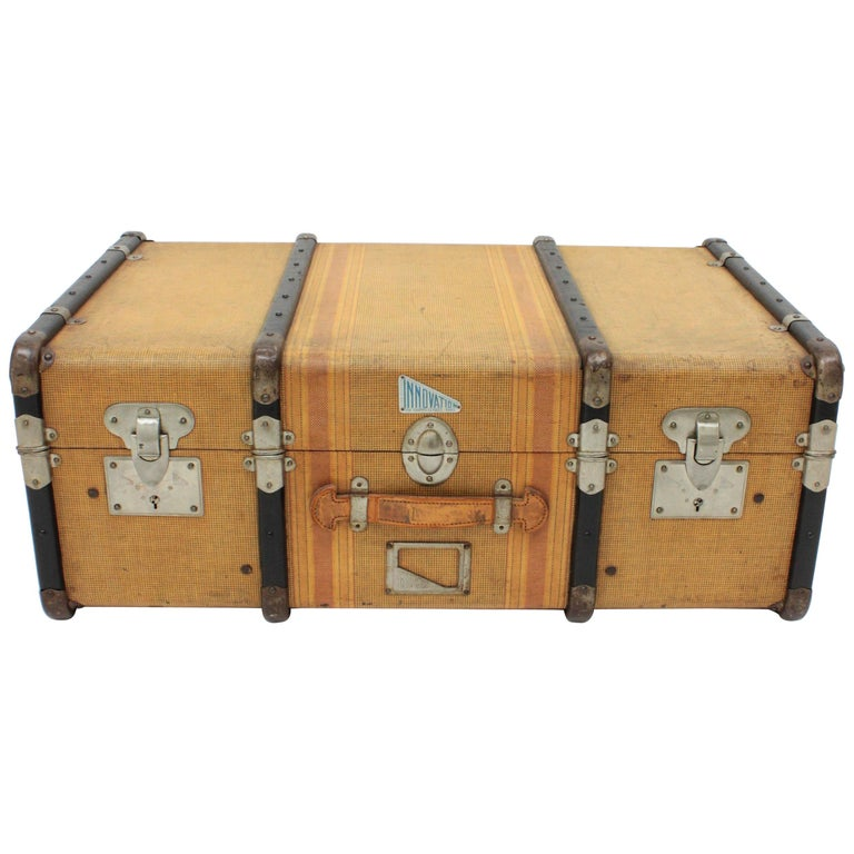 20th Century Innovation Cabin Travel Trunk, France, 1940s For Sale