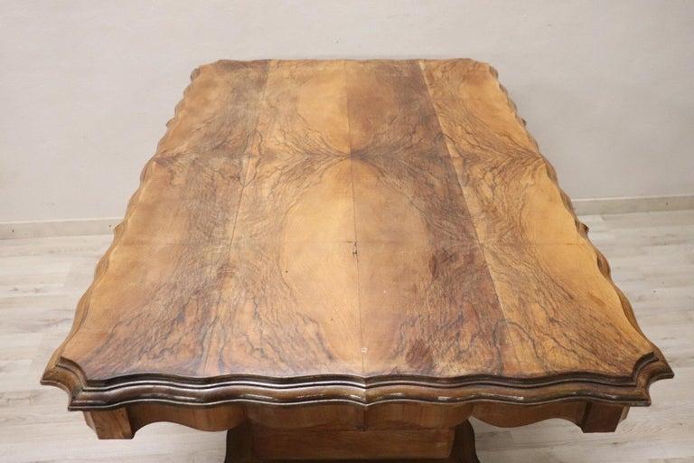 20th Century Italian Art Deco Walnut Burl Dining Table or Center Table For Sale 3