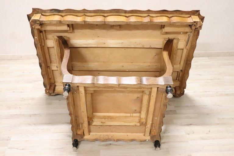 20th Century Italian Art Deco Walnut Burl Dining Table or Center Table For Sale 4