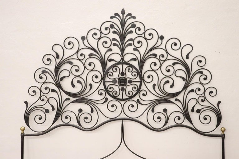 20th Century Italian Baroque Style Gilded Wrought Iron Headboard For Sale 4