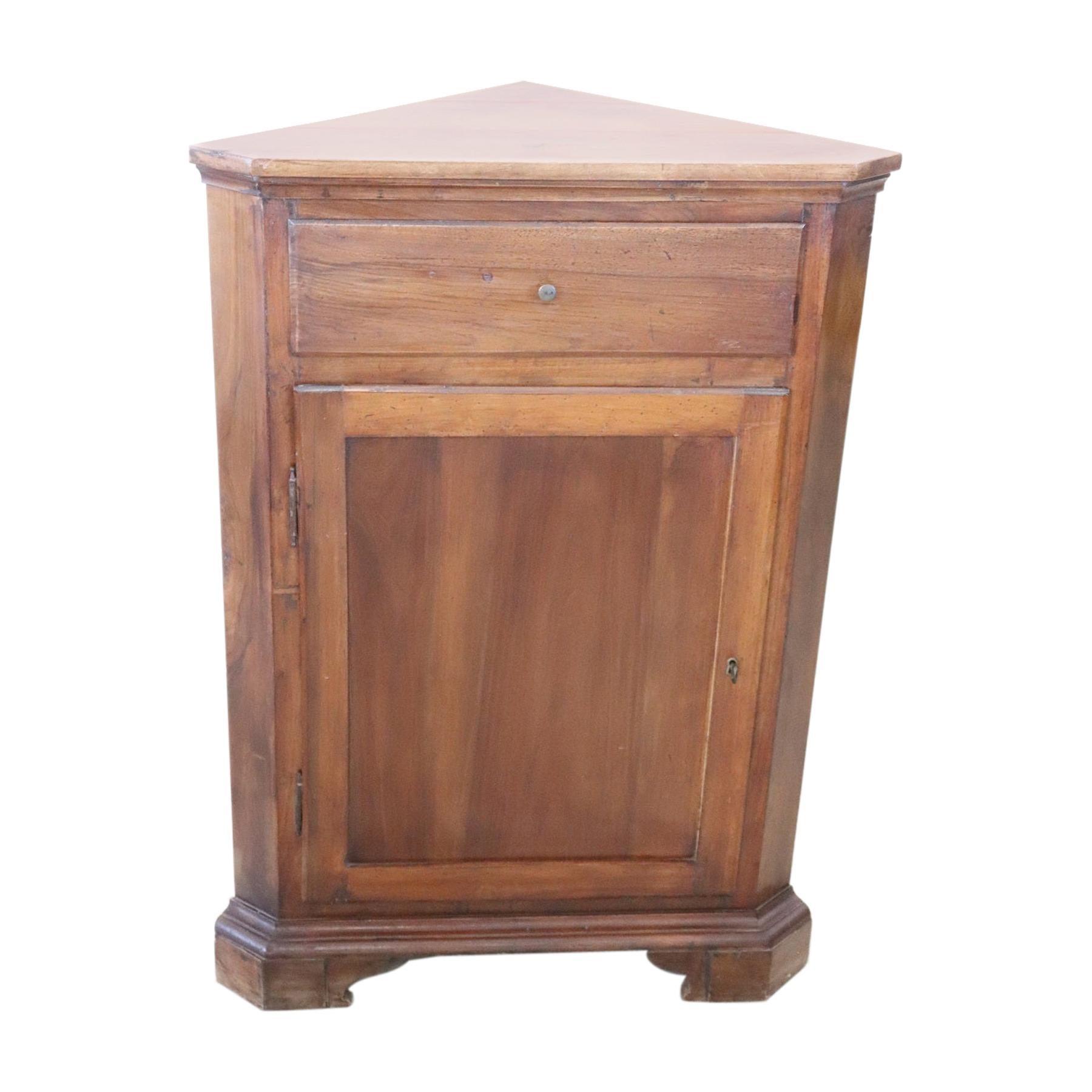 20th Century Italian Corner Cupboard or Corner Cabinet in Walnut Wood
