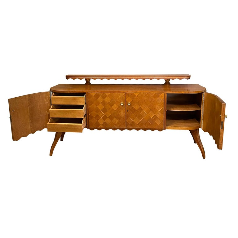 Mid-Century Modern 20th Century Light-Brown Italian Credenza - Oakwood Sideboard by Paolo Buffa For Sale