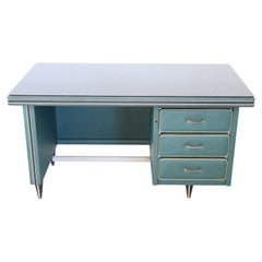 20th Century Italian Design Large Writing Desk 1950s by Umberto Mascagni