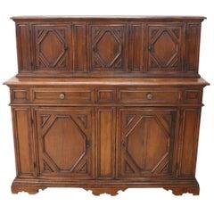 20th Century Italian Louis XIV Style Large Sideboard in Oak Wood