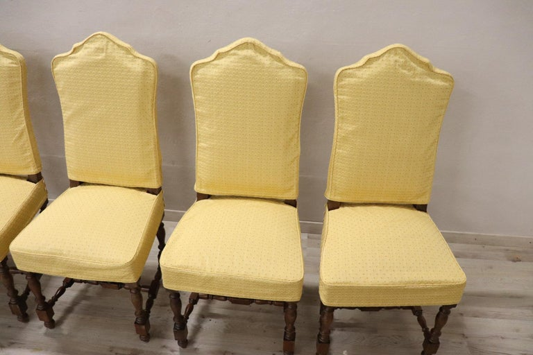20th Century Italian Louis XIV Style Walnut Wood Chairs, Set of Six For Sale 1