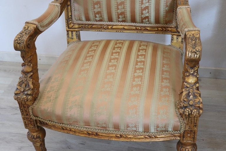 20th Century Italian Louis XVI Style Gilded Wood Living Room Set or Salon Suite For Sale 8