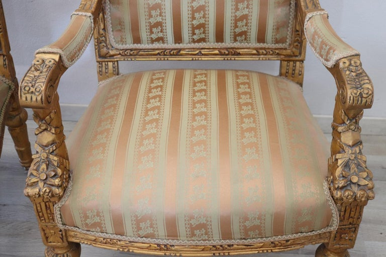 20th Century Italian Louis XVI Style Gilded Wood Living Room Set or Salon Suite For Sale 9