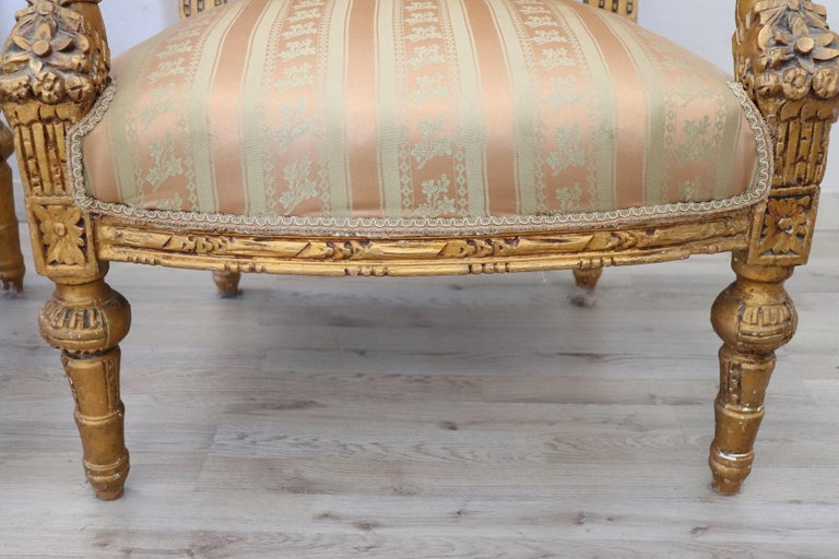 20th Century Italian Louis XVI Style Gilded Wood Living Room Set or Salon Suite For Sale 10