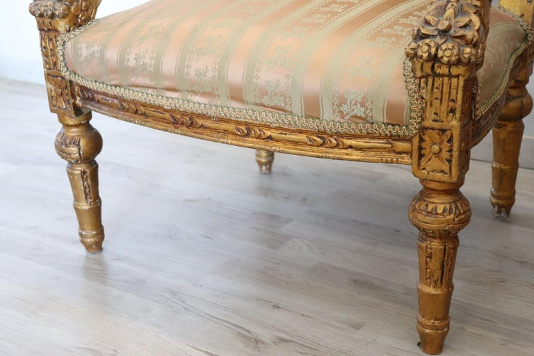 20th Century Italian Louis XVI Style Gilded Wood Living Room Set or Salon Suite For Sale 11