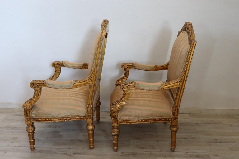 20th Century Italian Louis XVI Style Gilded Wood Living Room Set or Salon Suite For Sale 14