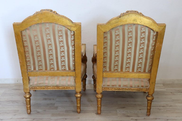 20th Century Italian Louis XVI Style Gilded Wood Living Room Set or Salon Suite For Sale 15