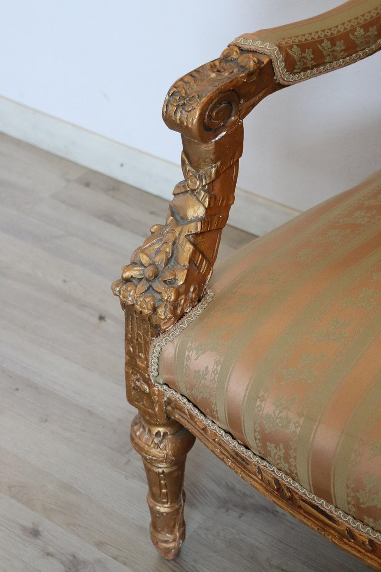 Mid-20th Century 20th Century Italian Louis XVI Style Gilded Wood Living Room Set or Salon Suite For Sale