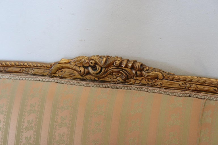 20th Century Italian Louis XVI Style Gilded Wood Living Room Set or Salon Suite For Sale 1
