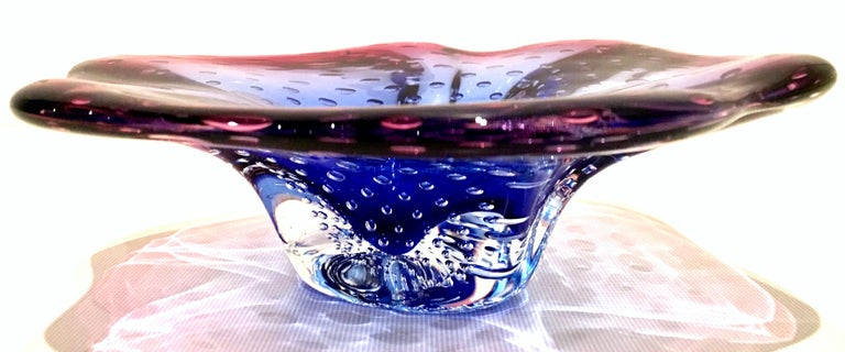 20th century organic modern Italian Murano glass two-tone sculptural bowl. This one of a kind piece of sculptural art features