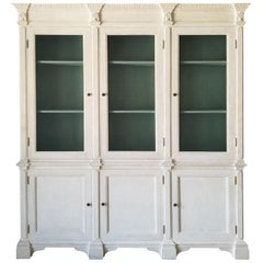20th Century Italian Neoclassical Regency Custom Painted Breakfront, Shell Motif