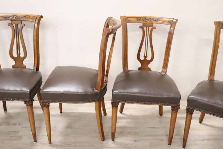 20th Century Italian Neoclassical Style Walnut Carved Set of Six Chairs For Sale 2