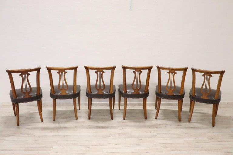 20th Century Italian Neoclassical Style Walnut Carved Set of Six Chairs For Sale 4
