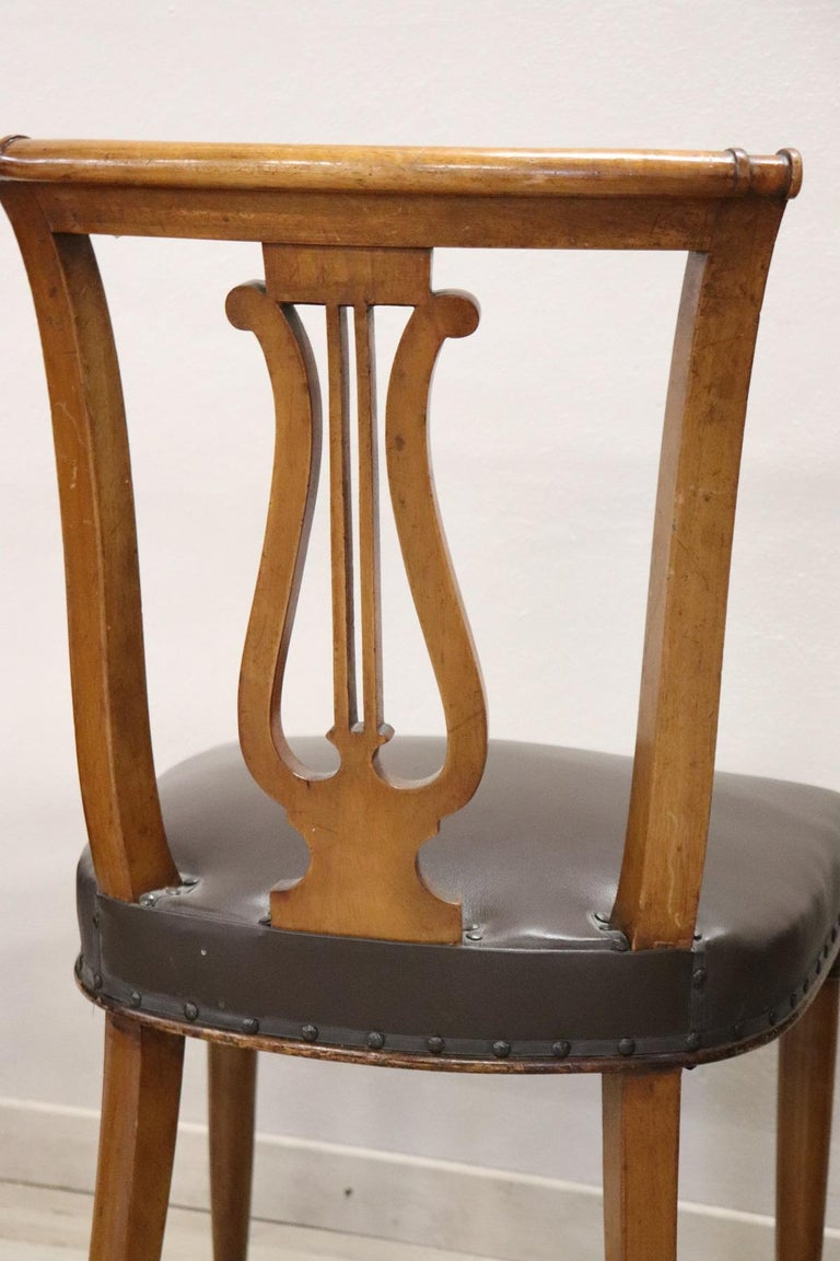 20th Century Italian Neoclassical Style Walnut Carved Set of Six Chairs For Sale 5