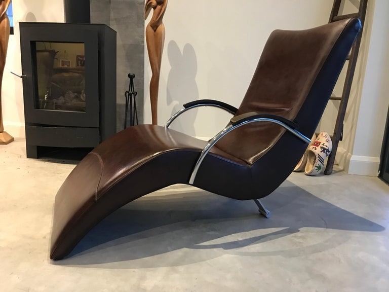 Mid-Century Modern 20th Century Vintage Retro Italian ox blood colored  Lounge Chairs  For Sale