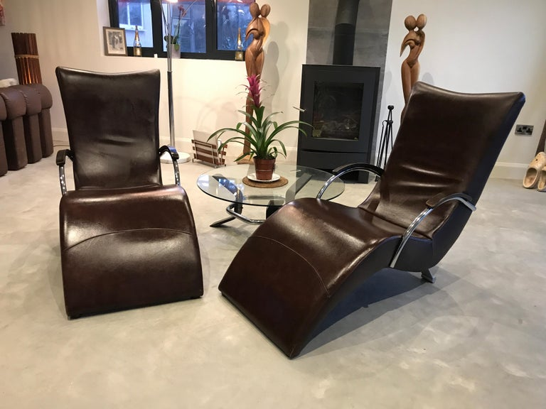 20th Century Vintage Retro Italian ox blood colored  Lounge Chairs  For Sale 1