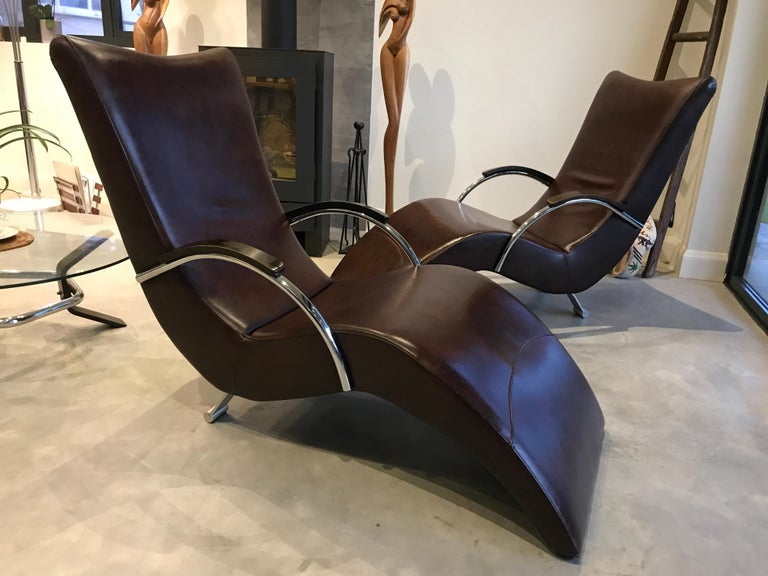 20th Century Vintage Retro Italian ox blood colored  Lounge Chairs  For Sale 3