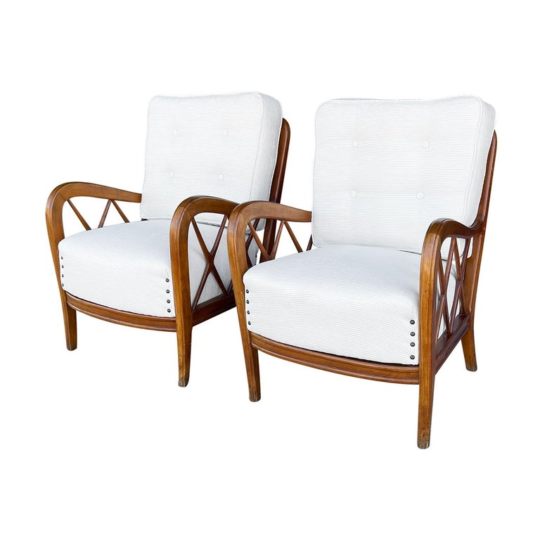 Hand-Carved 20th Century Italian Pair of Walnut Lounge Chairs by Paolo Buffa