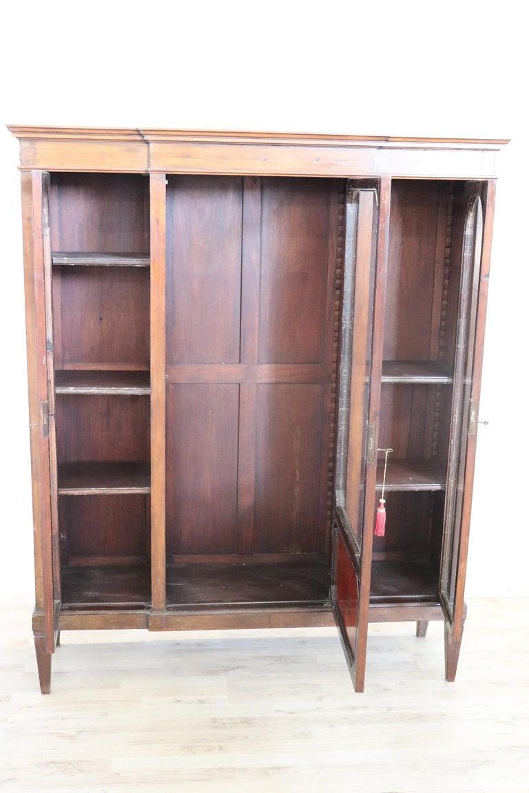 20th Century Italian Poplar Vitrine or Bookcase In Good Condition For Sale In Bosco Marengo, IT