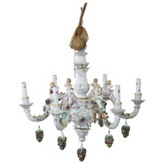 20th Century Italian Porcelain Chandelier Decorated with Flowers and Cherubs