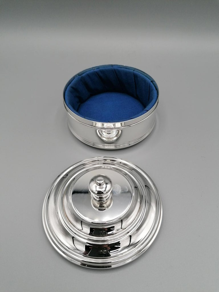 20th Century Italian Round Sterling Silver Jewelry Box For Sale 1