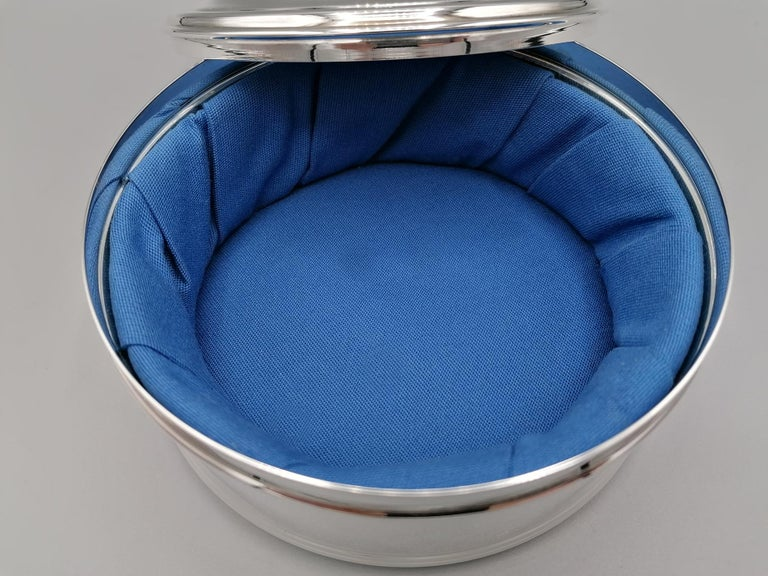 20th Century Italian Round Sterling Silver Jewelry Box For Sale 3