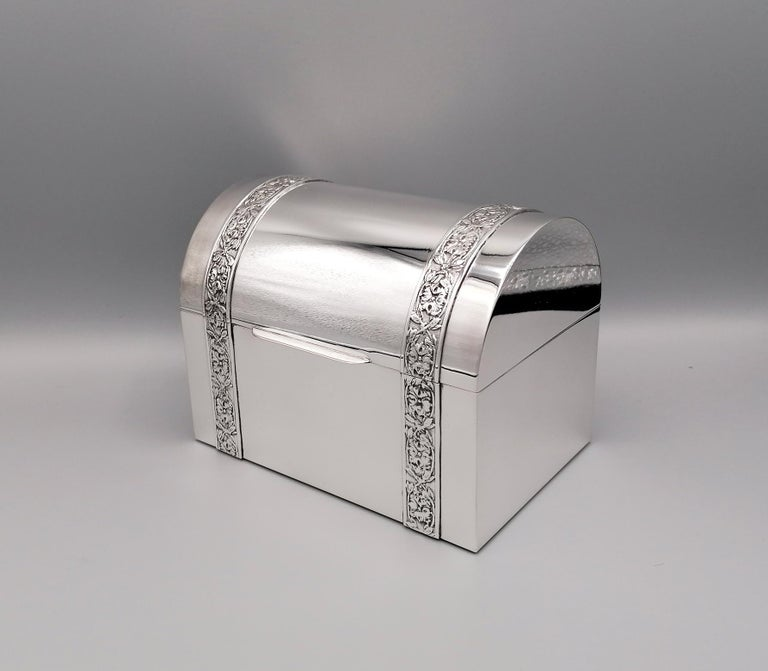 Other 20th Century Italian Silver Jewelry box For Sale