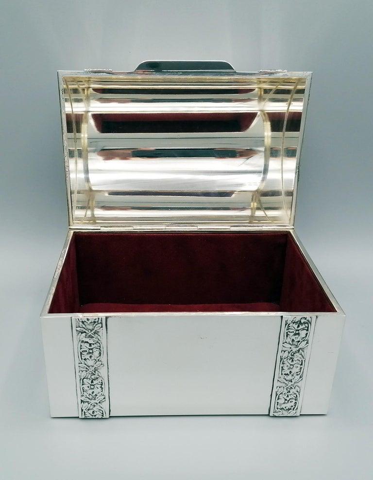 Late 20th Century 20th Century Italian Silver Jewelry box For Sale