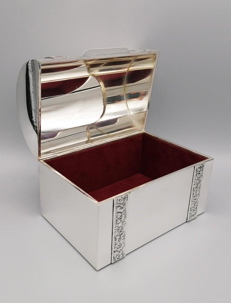 20th Century Italian Silver Jewelry box For Sale 1