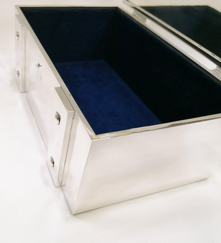 20th Century Italian Sterling Silver Jewelry Casket Box with Hinged Closure For Sale 1