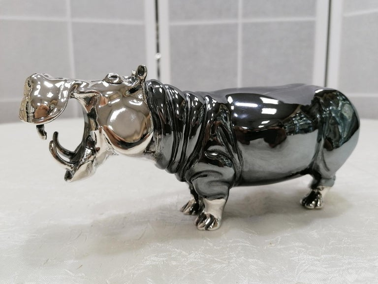 Late 20th Century 20th Century Italian Sterling Silver Pair of Shiny and Burnished Hippos For Sale