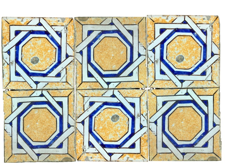 20th century Italian vintage reclaimed decorated tiles, 1920s 118 pieces available (about 4.70 sqm).