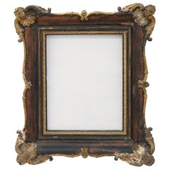 20th Century Italian Wood and Plaster Frame with Golden Decoration