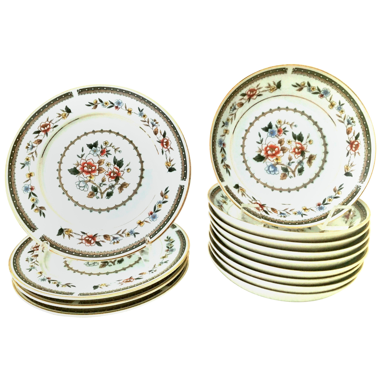 20th Century Japanese Porcelain & 22K Gold Floral Motif Dinnerware S/13