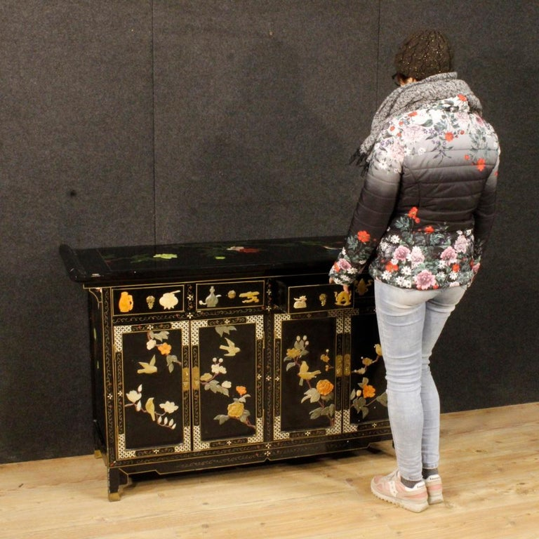 Mid-20th Century 20th Century Lacquered Painted and Carved Wood Chinese Sideboard, 1960 For Sale
