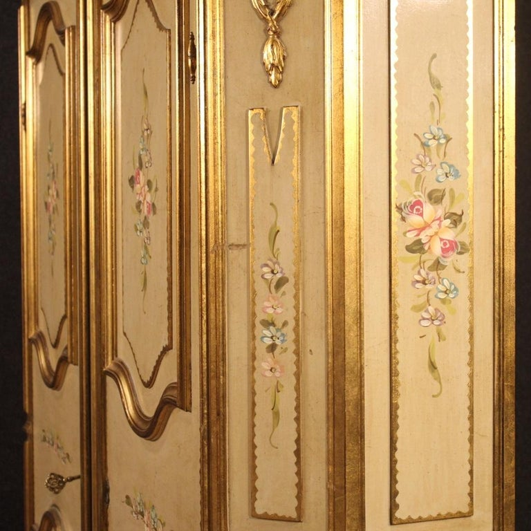20th Century Lacquered Painted and Giltwood Italian Wardrobe, 1960 For Sale 6