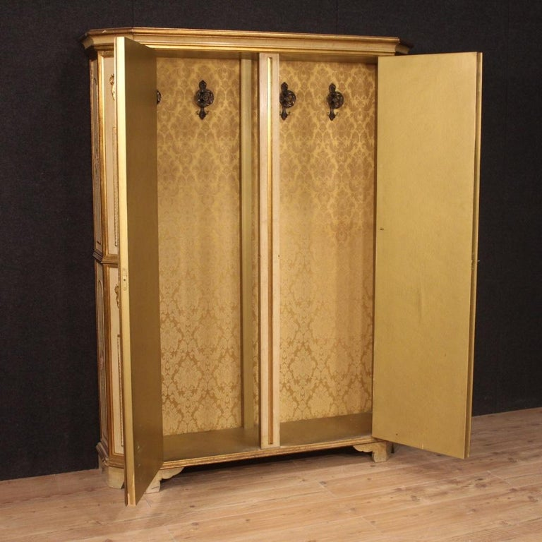 20th Century Lacquered Painted and Giltwood Italian Wardrobe, 1960 For Sale 7
