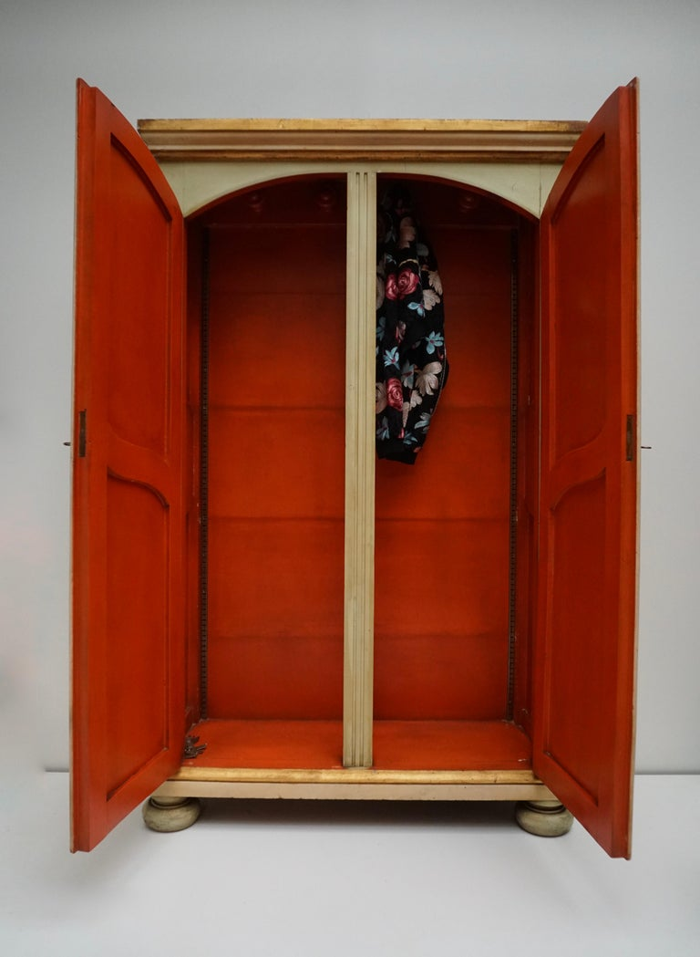 20th Century Lacquered Painted and Giltwood Italian Wardrobe, 1960 For Sale 1