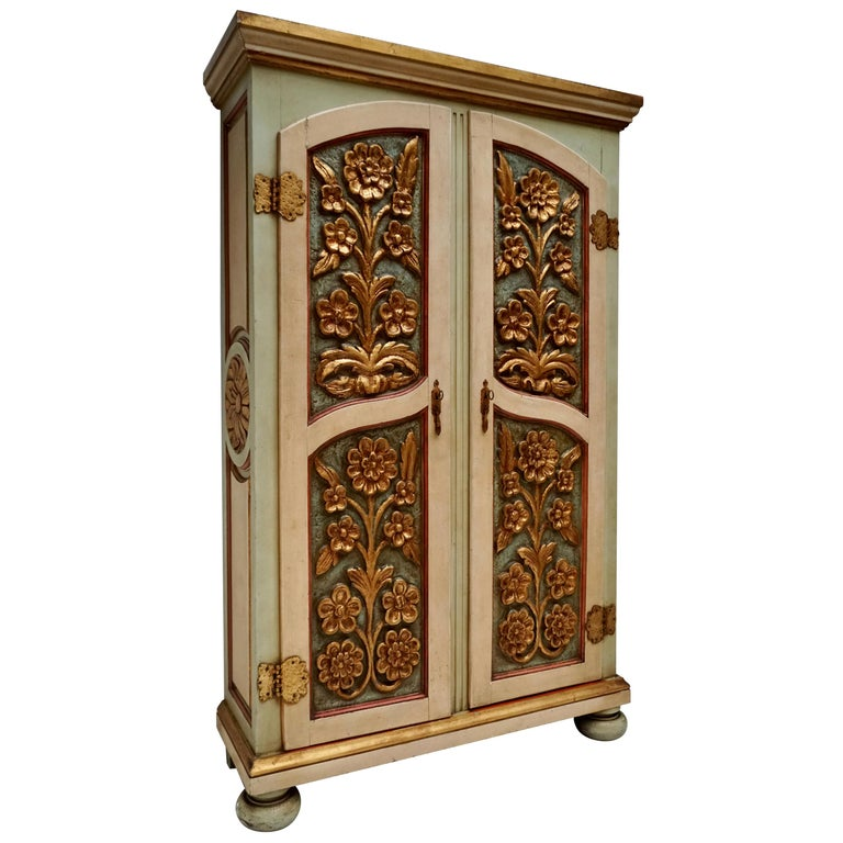 20th Century Lacquered Painted and Giltwood Italian Wardrobe, 1960 For Sale