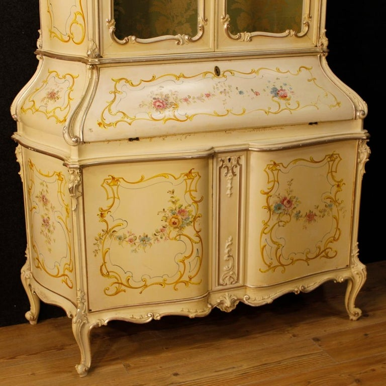 Italian 20th Century Lacquered, Silvered, Painted Wood Venetian Trumeau, 1950 For Sale