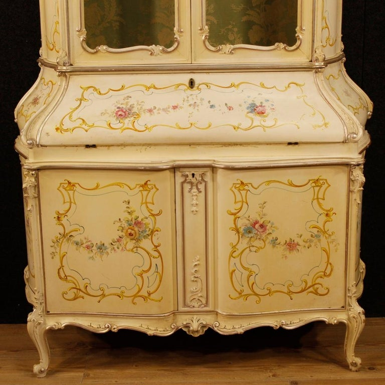 20th Century Lacquered, Silvered, Painted Wood Venetian Trumeau, 1950 For Sale 2