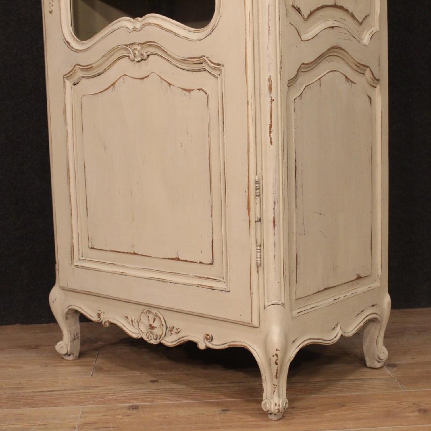 20th Century Lacquered Wood Shabby Chic French Vitrine Display