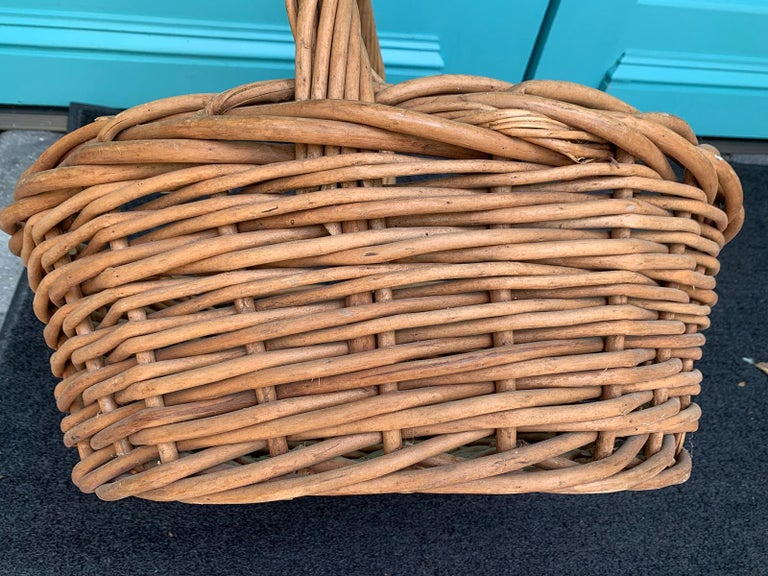 20th Century Large Woven Basket For Sale 3